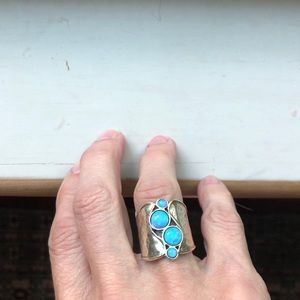 Jewelry - Opal and silver ring